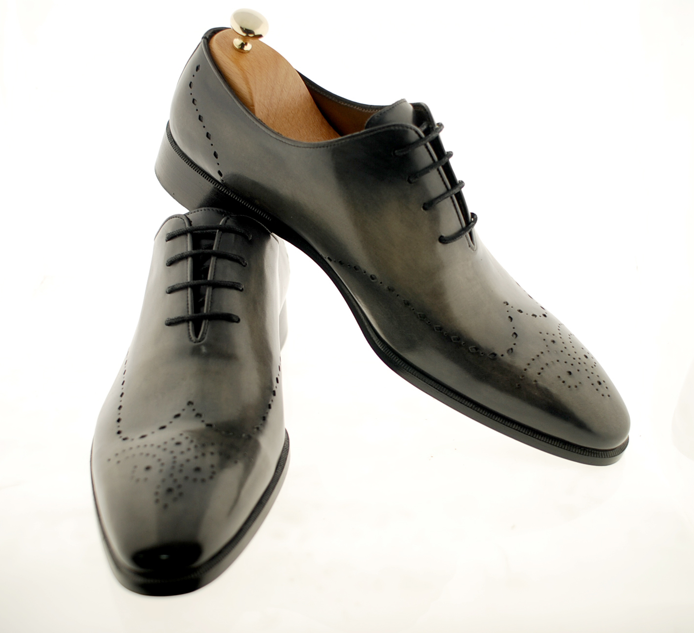 It is a graphic of Dynamite Private Label Shoe Manufacturers Uk